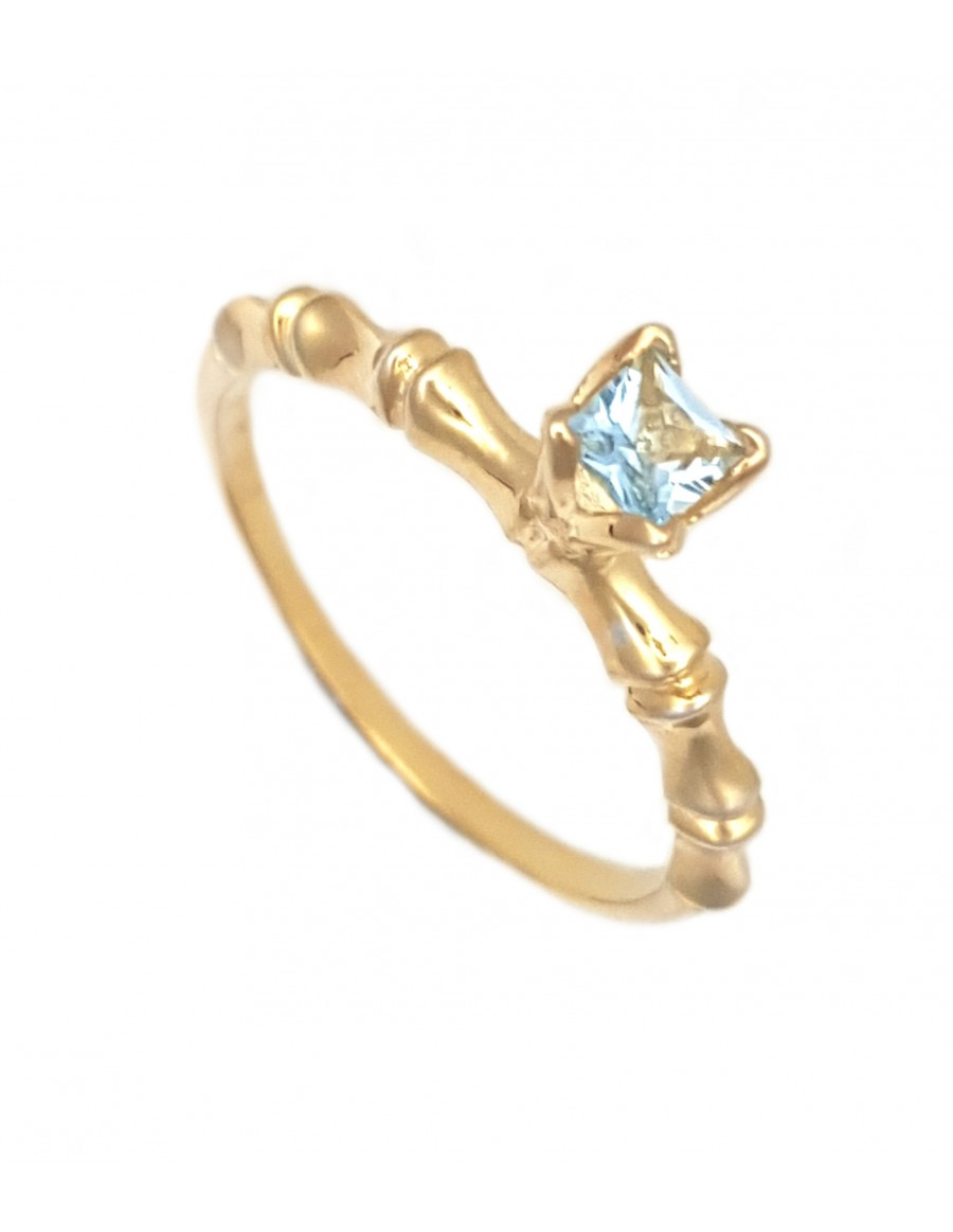 bamboo-2-circle-ring-18k-gold-plated-with-3-5mm-square-aquamarine-in-tulipsetr-setting