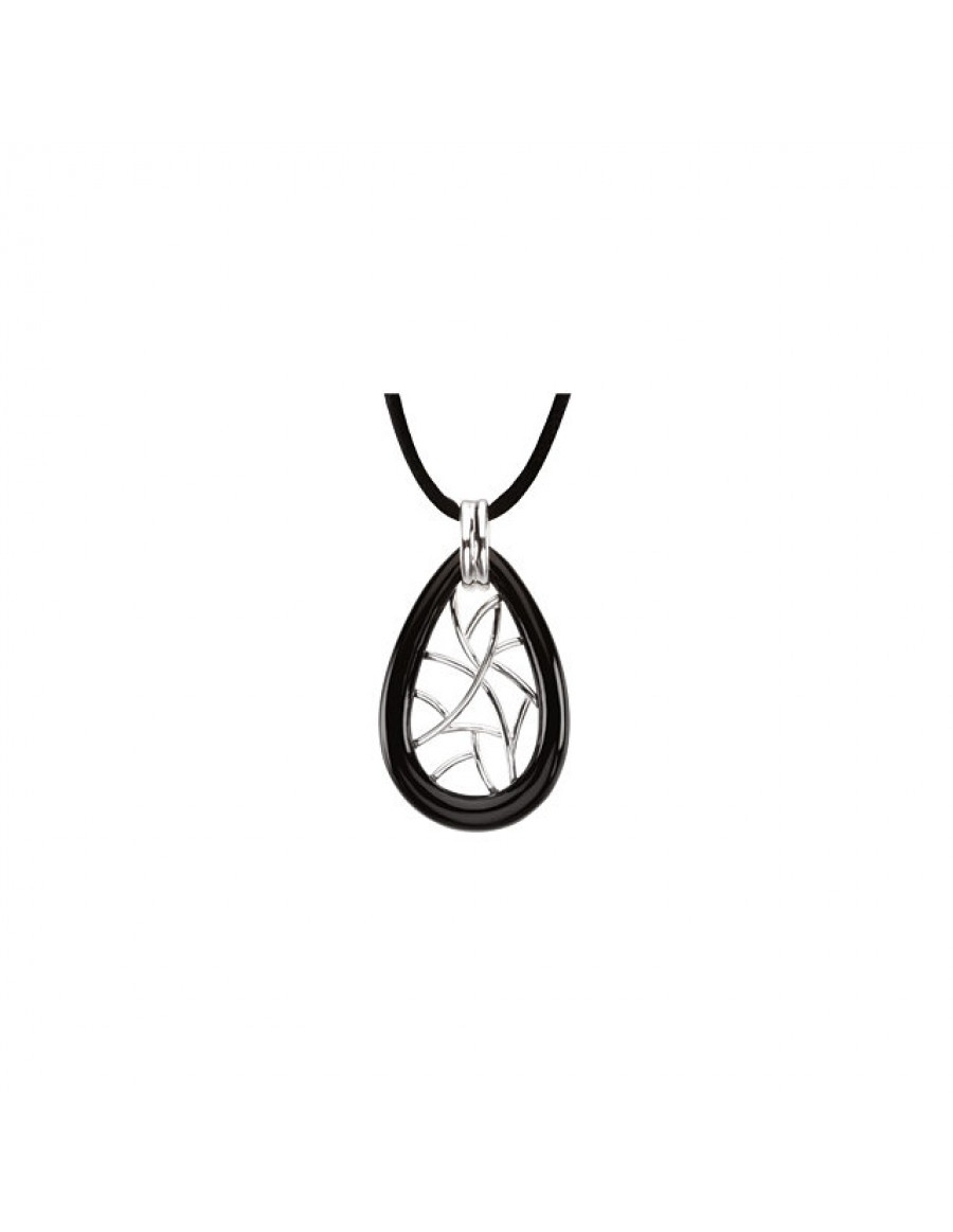 Onyx Lattice Pendant Necklace Front