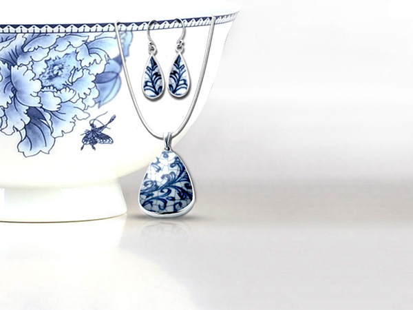 traditional-blue-and-white-porcelain-bowl